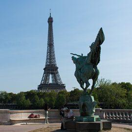Jeu de piste dans le Paris de la Tour Eiffel